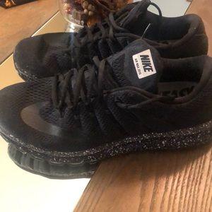 Men's Air Max sneakers
